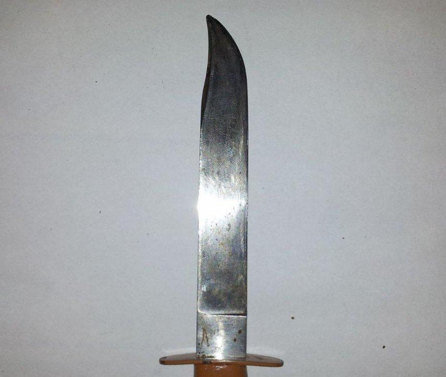 Ein geschliffenes Jagdmesser